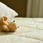 Böses Erwachen im Matratzenlager
