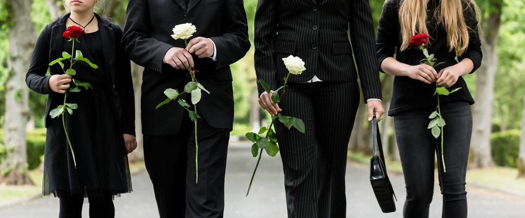 Fotolia 104113445 S 1024x426 - Blumentrauer - das Leid des einen ist Opportunität des anderen!